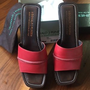 Donald Pliner Safari Wedge Red 8